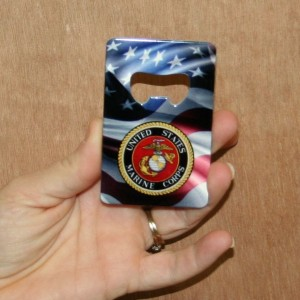 USMC CREDIT CARD OPENER WITH FLAG AND COLORED LOGO